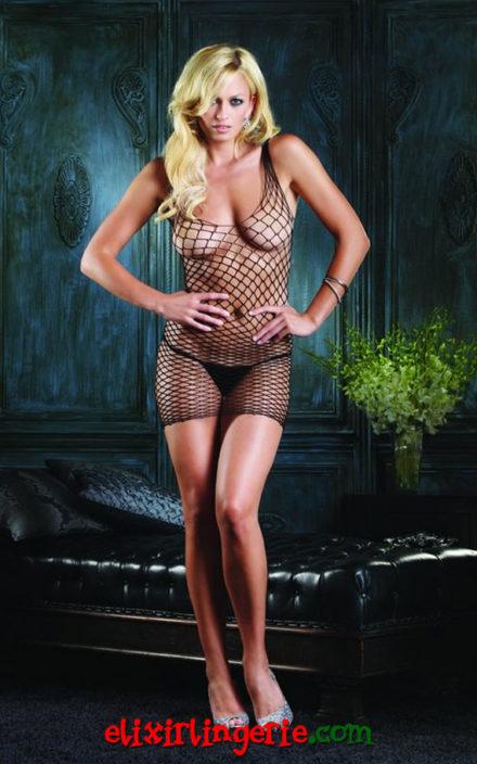 Фустанче со длабоко деколте и крупна мрежа